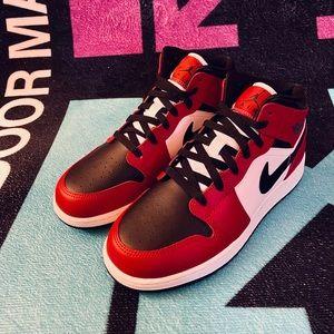 """Jordan Shoes - AIR JORDAN 1 """"Black Toe""""(GS)"""